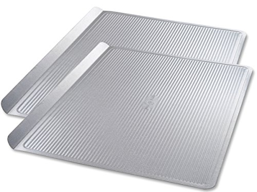 USA Pan Bakeware Cookie Sheet, Warp Resistant Nonstick Baking Pan, Made in the USA from Aluminized Steel, Large Set of 2