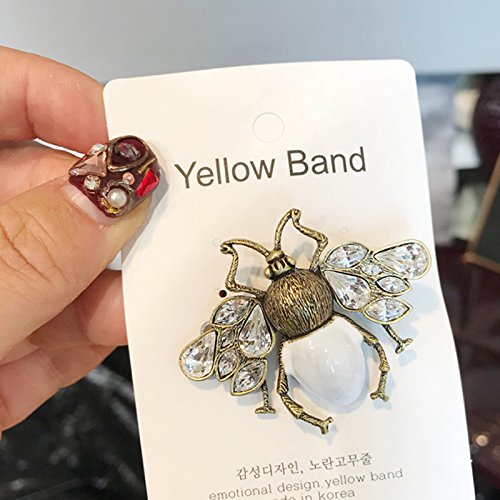 - TKHNE imported jewelry vintage pearl diamond bee brooch pin badge corsage catwalk
