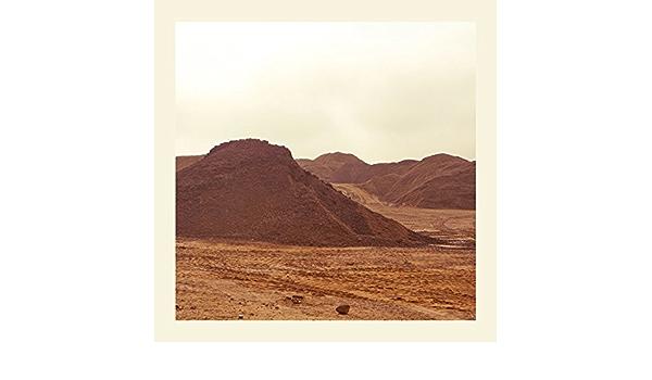 raw materials : marquis hawkes: Amazon.es: Música