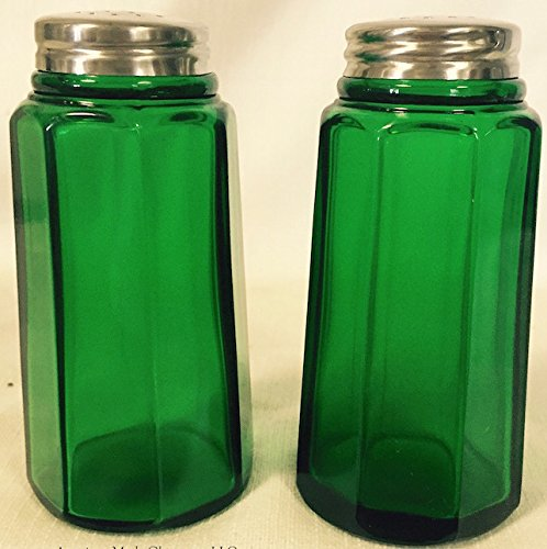 Set - Paneled Pattern - Mosser Glass - American Made (Hunter Green) (Green Glass Salt)