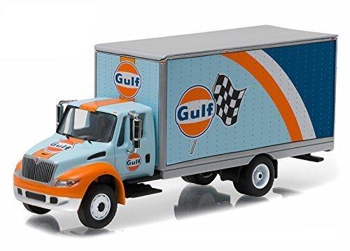 2013 International Durastar 4400 ''Gulf Oil'' Box Delivery Truck HD Trucks Series 7 1/64 by Greenlight 33070 B
