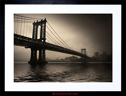 The Art Stop Photo City Landmark New York Manhattan Bridge Framed Print F12X4342