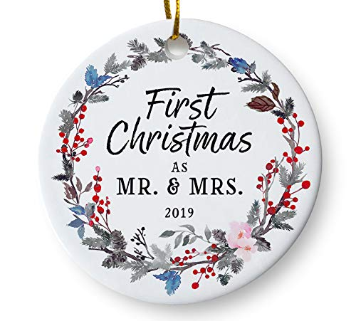 (First Christmas as Mr and Mrs 2019 Wedding Christmas Ornament, Couples Wedding Present, Floral Wreath 3