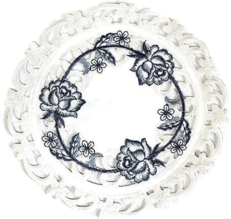 Amazon.com: Doily o azul mantel individual bordado con rosas ...