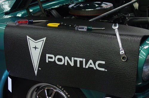 - Pontiac Fender Cover Gripper