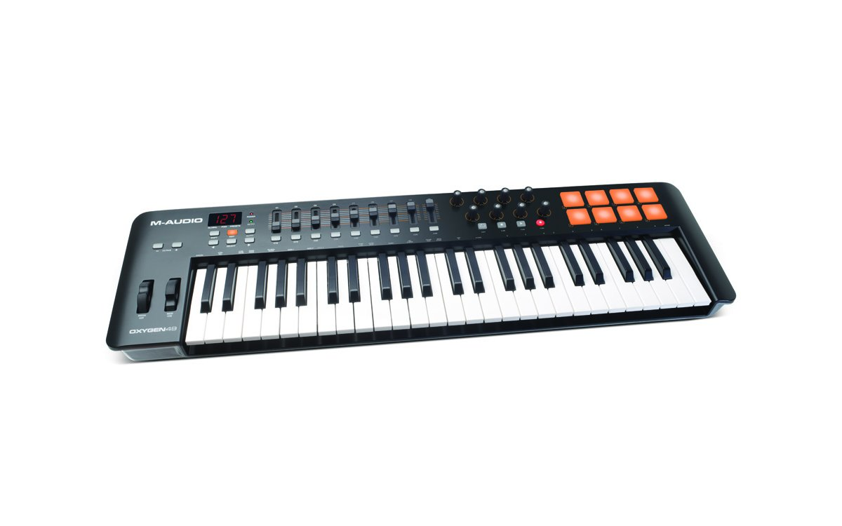 M Audio Oxygen 49 IV   49 Key USB/MIDI Keyboard With 8 Trigger Pads & A Full Consignment of Production/Performance Ready Controls by M-Audio