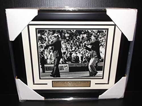 - BROOKS ROBINSON JOHNNY UNITAS LAST GAME AT MEMORIAL STADIUM 8x10 PHOTO FRAMED
