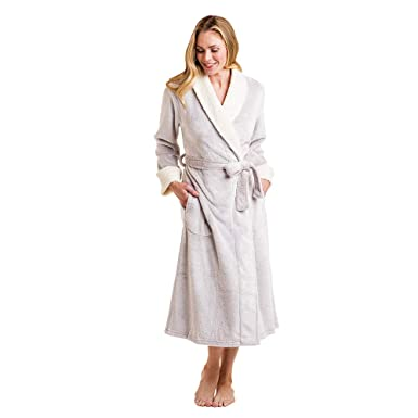 Softies Women s Frosted Plush Sherpa Robe at Amazon Women s Clothing ... 5ef434337