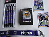 MINNESOTA VIKINGS (NEW) PLAYING CARDS - PENS - LANYARD PLUS 2 COLLECTIBLE PLAYER CARDS