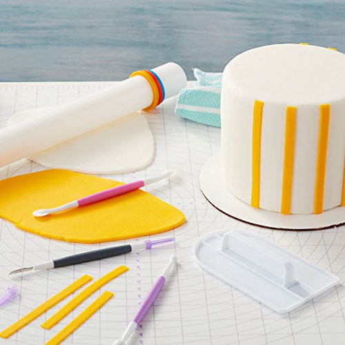 Wilton Large Fondant Roller with Guide Rings, 20-Inch - Fondant Tools