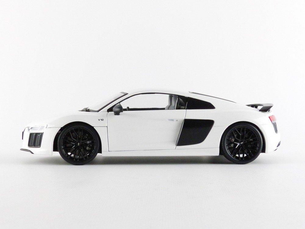 /Audi R8/ Maisto- 38135/W/ /Exclusive Serie/ /2015/ /Color Blanco /Escala 1//18/