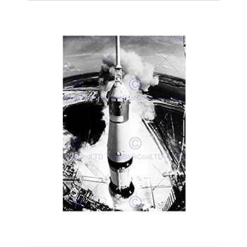 Amazon.com: SPACE ROCKET LAUNCH SATURN V APOLLO 11 VIEW THRUST BLAST LIFT OFF PRINT B12X7766 ...