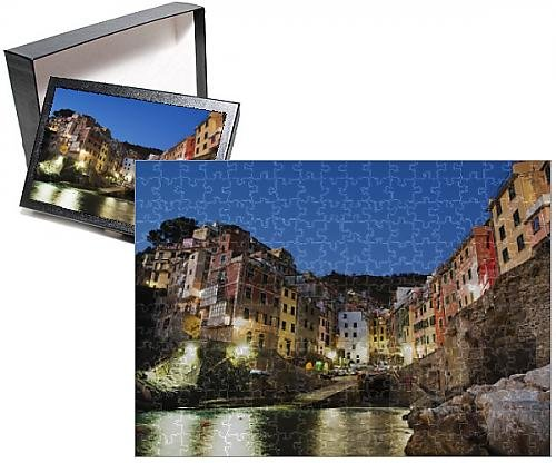 Photo Jigsaw Puzzle of Clifftop village of Riomaggiore, Cinque Terre, UNESCO World Heritage Site - Clifftop Village