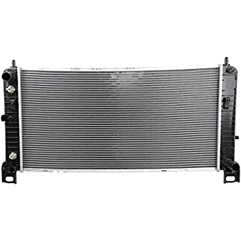New Radiator CU2423 for Chevy Silverado Cadillac Escalade GMC Yukon 4.8 5.3 6.0 V8