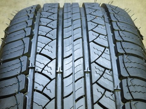 Michelin Latitude Tour All-Season Radial Tire - P225/65R1...