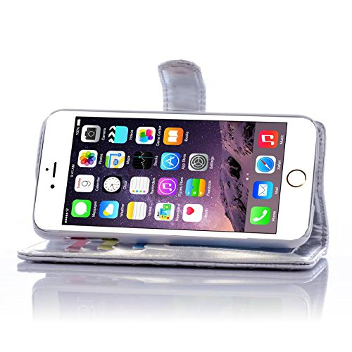 Book Style Design Handy Tasche Karo Metallic mit Visitenkartenfunktion und Strassblumen applikation Flip Cover Schutz Hülle Schale Klapp Etui Case Modern Bag für Apple iPhone 4 4G 4S in Silber