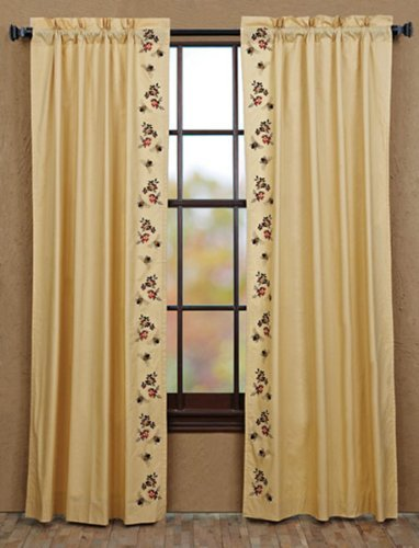 (Nancy's Nook Cambrie Lane Panel Bees Lined (set of 2) 84x40)
