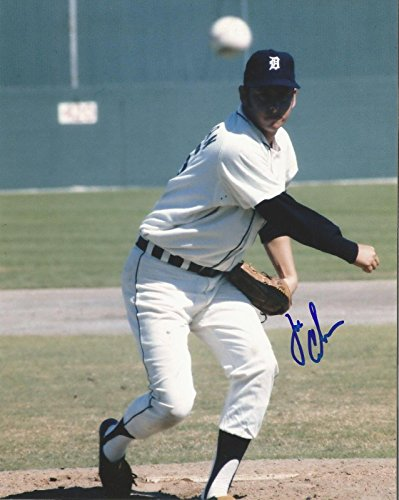 Joe Coleman Signed Photo - Pitching 8x10 W coa - Autographed MLB Photos