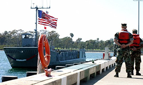 LAMINATED POSTER Sailors aboard Landing Craft Unit (LCU) 1632 return to Naval Amphibious Base (NAB) Coronado (Nab Unit)
