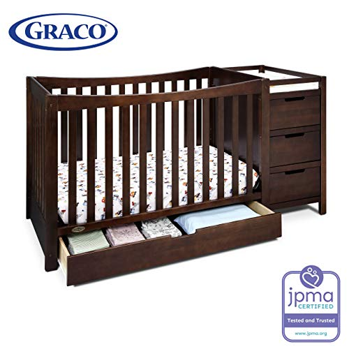 Graco Remi 4-in-1 Convertible Crib and Changer, Espresso, Easily Converts to Toddler Bed Day Bed or Full Bed, Three Position Adjustable Height Mattress, Some Assembly Required (Mattress Not Included) (Cunas De Bebe)