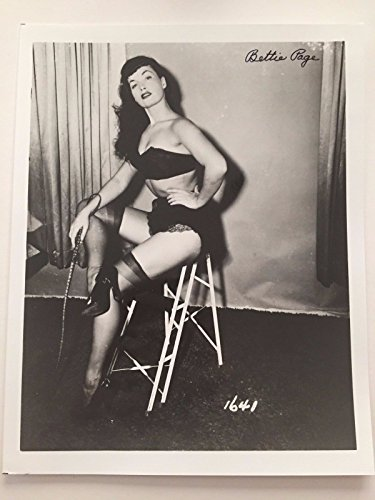 BETTIE PAGE SIGNED 8X10 JSA COA PHOTO AUTOGRAPH LINGERIE BETTY PIN UP QUEEN by Unknown
