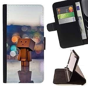 Momo Phone Case / Flip Funda de Cuero Case Cover - Juguete 3D Arte Grande Figurita Ciudad de Lonely Arte Madera - Sony Xperia M5