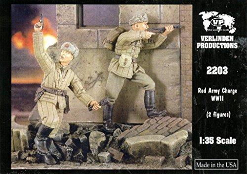 Verlinden 1:35 Red Army Charge 2 Resin Figures Kit #2203 (35 Verlinden 2 Figure)