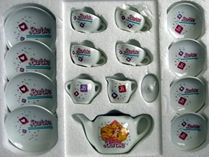 Barbie China Dinner Set 16 Pieces 1989 & Amazon.com: Barbie China Dinner Set 16 Pieces 1989: Toys u0026 Games