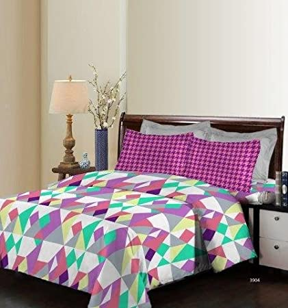 Bombay Dyeing Breeze Beautiful and Attractive Floral Print 140 TC Cotton Double bedsheet