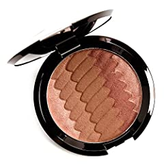 Inspired by the captivating glow of the sun on a beach horizon, this multi-shaded, illuminating bronzer combines BECCA's Sunlit Bronzer with their beloved Shimmering Skin Perfector Pressed Highlighter, for a naturally radiant, sunkissed glow....