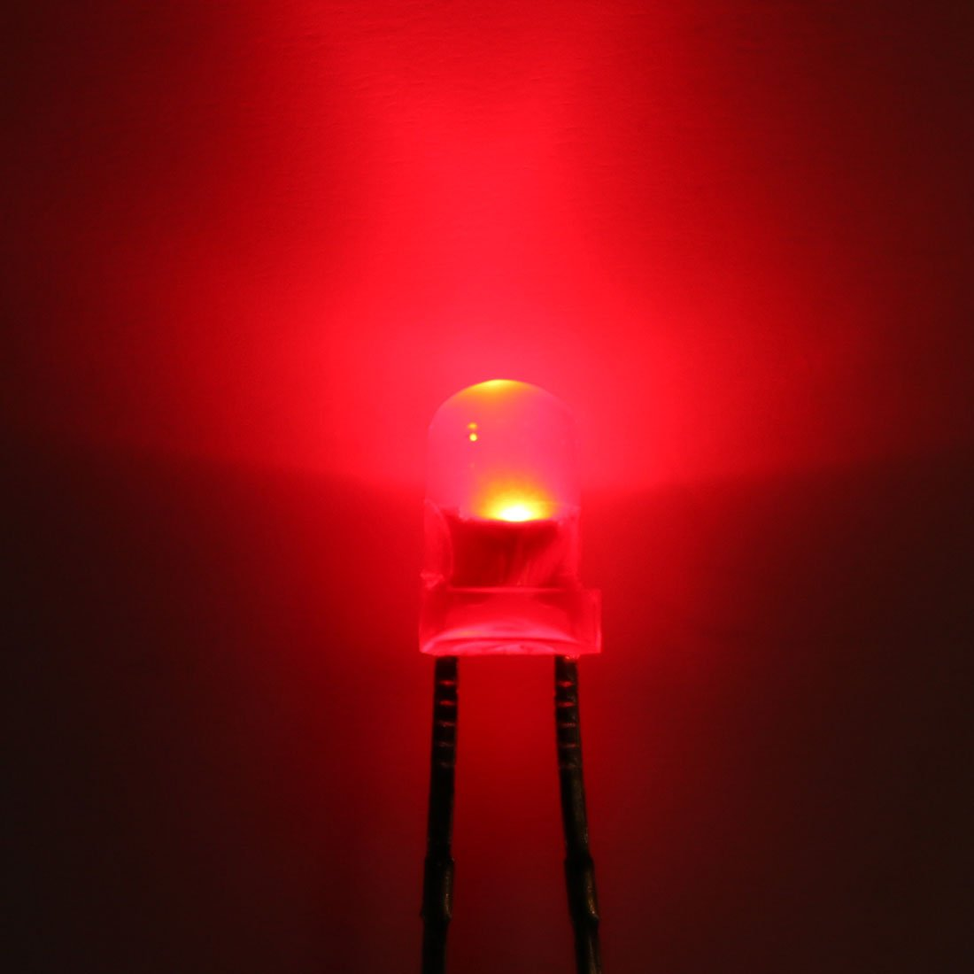 uxcell 250pcs 3mm Red LED Diode Lights Colored Lens Diffused Round DC1.8-2V 20mA Lighting Bulb Lamps Electronics Components Light Emitting Diodes