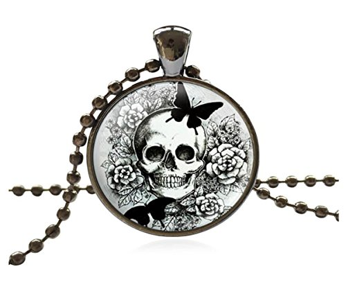 luck-wang-womans-unique-personality-ferocious-skull-necklace-2