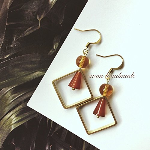 (Custom hand-made waltz handmade earrings original theatrical warm caramel color glass tower retro earrings beads)