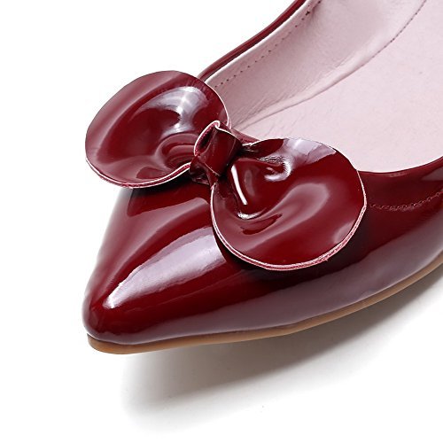 Allhqfashion Kvinners Patent Lær Fast Trekkraft På Påpekt Lukket Tå Uten Hæl Flats-sko Rødvin