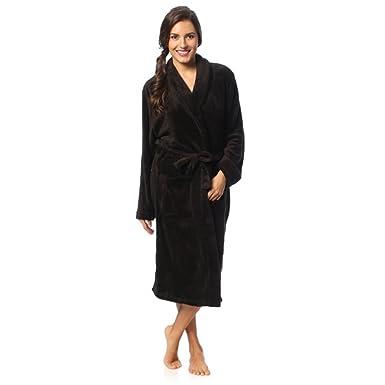 f64ff69802 Regency New York Coral Fleece Robe at Amazon Women s Clothing store