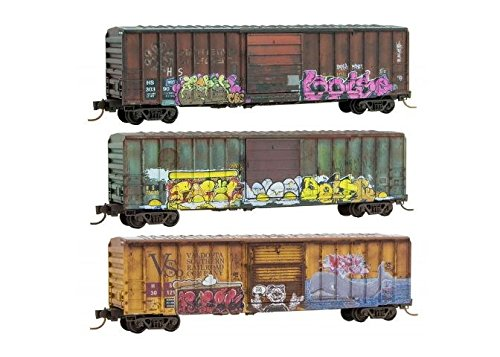 50' Rib-Side Single-Door Boxcar No Roofwalk - Ready to Run -- Hartford & Slocomb HS #30390, 30121, 75035 (Weathered, Graffiti) (50' Rib Side Boxcar)