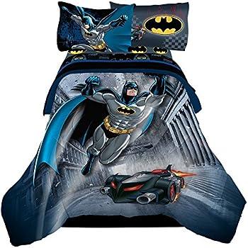 batman 5pc full comforter and sheet set bedding collection home kitchen. Black Bedroom Furniture Sets. Home Design Ideas