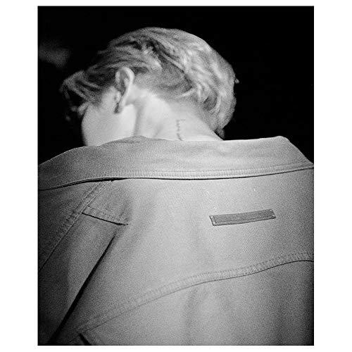 - (Set) BAEKHYUN 1st Mini Album - City Lights 2Album + 2Folded Poster [ Day Ver + Night Ver]