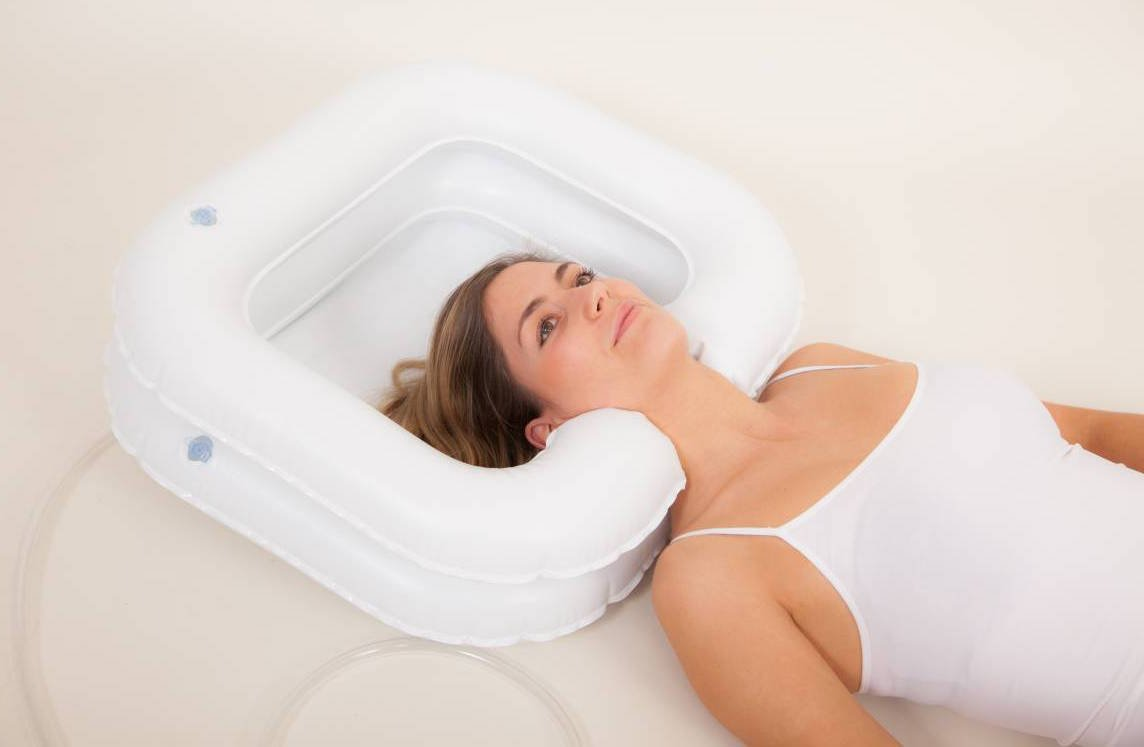 Deluxe Inflatable Shampoo Basin for Elderly and Disabled by Comfort Axis