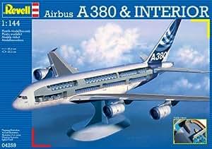 Revell 04259 - Maqueta de avión Airbus A380 con interior visible (escala 1:144)
