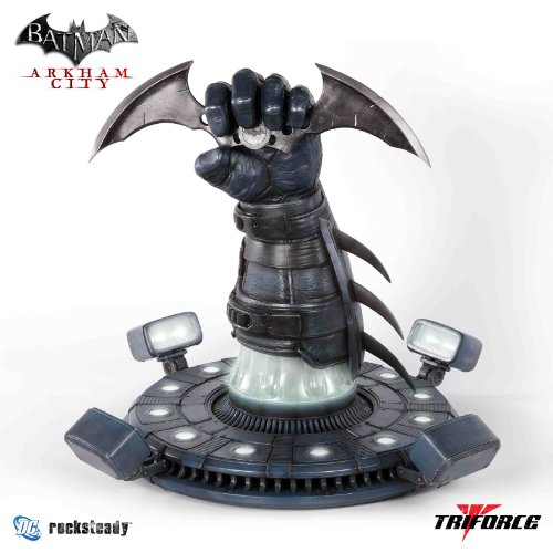 Replica Batarang (Batman Arkham City Batarang Full Scale Prop Replica)