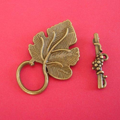 Beadstreasure Design Toggle Clasp Leaf Shape Antiqued Bronze (5 Sets)