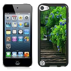 Fashionable Custom Designed iPod Touch 5 Phone Case With Purple Peony_Black Phone Case
