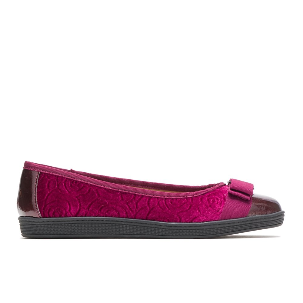 Soft Style by Hush Puppies Women's Faeth Ballet Flat, Bordeaux Rose Velvet, 9.5 M US