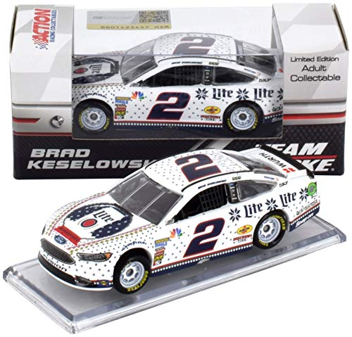 Holiday Brads - Lionel Racing Brad Keselowski 2018 Miller Lite Holiday Sweater Knitwear NASCAR Diecast Car 1:64 Scale