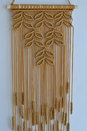 Macrame Wall Hanging. (10.6Wx26.8L, Gold)