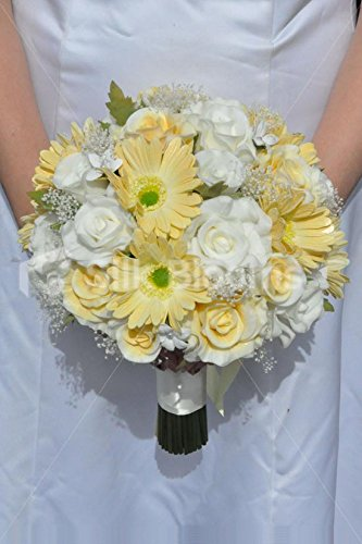 Bouquet Sposa Gerbere.Amazon Com Stunning Artificial Fresh Touch Yellow And Ivory Rose