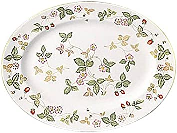 Amazon Com Wedgwood Wild Strawberry Beaker Delphi Oval Platter 13 75 Kitchen Dining