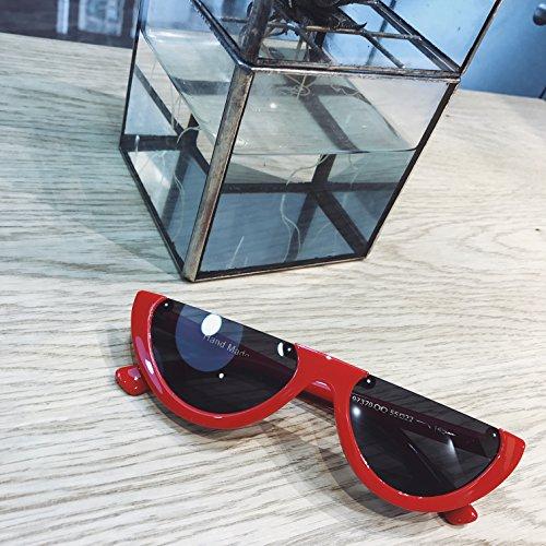 vviiyj Caisse Petite Triangle yeux de chat Lunettes de soleil noires lunettes de soleil femme Protection UV Rouge