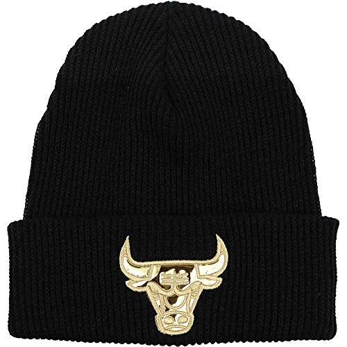 Mitchell & Ness Men's NBA Chicago Bulls Foil Leather Cuffed Knit Beanie Black/Gold
